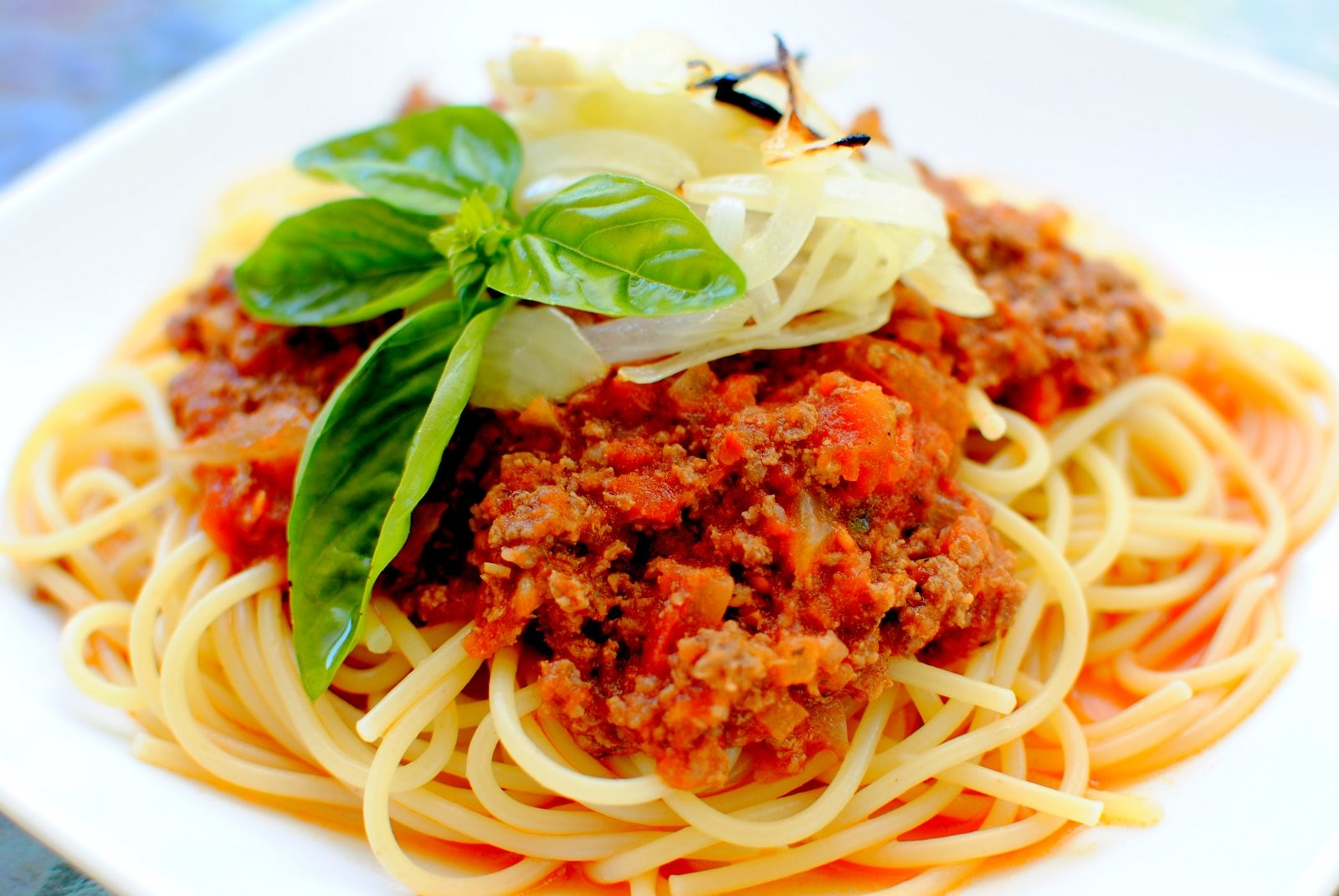 sauce pasta with bolognese sauce bolognese sauce spaghetti bolognese ...